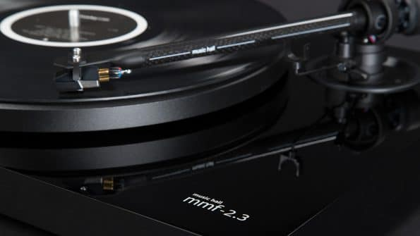 music-hall-mmf-2.3-turntable-detail