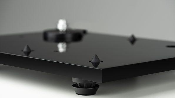 music-hall-mmf-3.3-turntable-chasis
